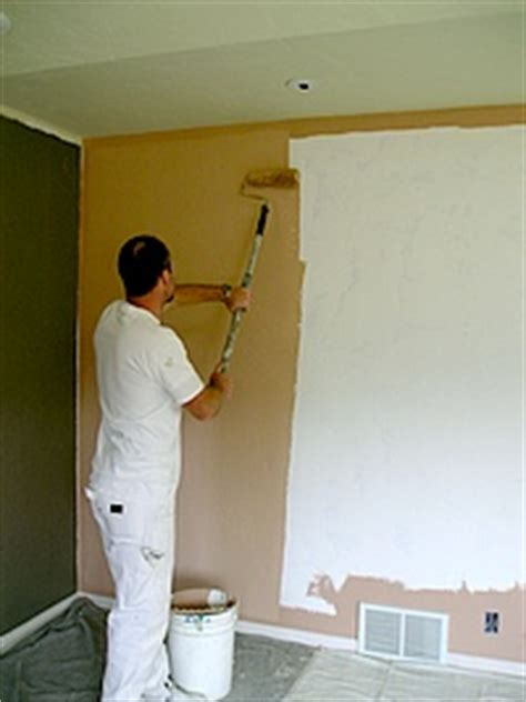 painting a wall diy ie