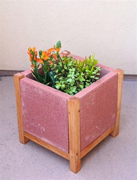 easy diy project build  paver planter brite  bubbly