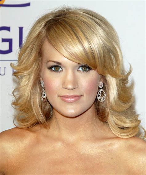 carrie underwood hairstyles hairstyles weekly hottest carrie underwood long wavy formal hairstyle with side