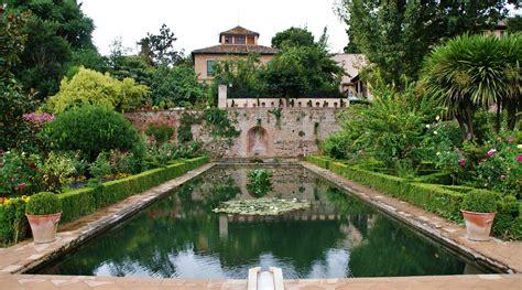File:El Partal y jardines, la Alhambra de Granada 16