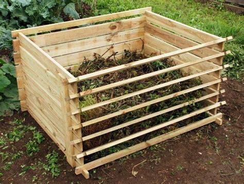 komposter aus holz selber bauen komposter selber bauen anleitung in einfachen schritten