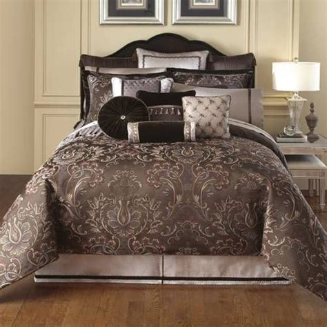 waterford bedding collections 1000 images about luxury bedding on pinterest great deals shopping and comforter