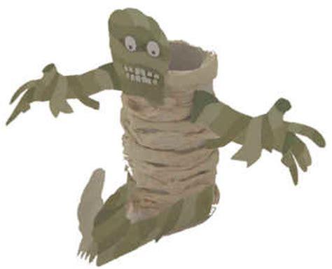 Mummy Toilet Paper Roll Craft - mummy cardboard craft