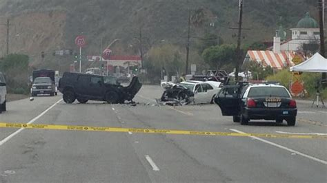 Accident On Pch Malibu Today - fatal malibu accident on pch bruce jenner blames paparazzi for head on crash