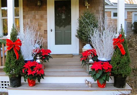 poinsettia on porch 50 best outdoor decorations for 2017