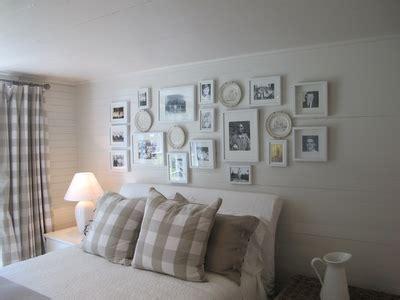 Ballarddesign by Cuadros En Paredes Rusticas Y De Estilo I Paperblog