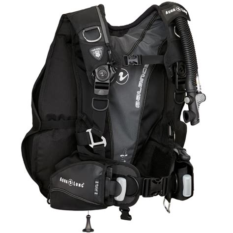 aqualung dive gear aqua lung balance bcd scuba diving gear nanaimo bc