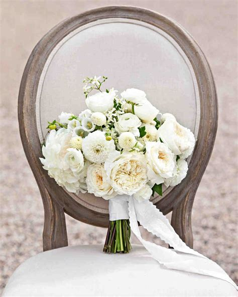 White Wedding Bouquet Flowers by 40 White Wedding Bouquets Martha Stewart Weddings