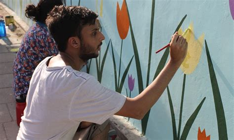 painting in school in karachi when on the wall disappears pakistan