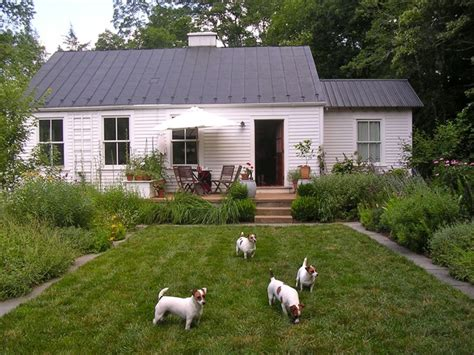 country side farm house virginia countryside cottage farmhouse exterior richmond