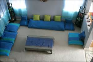 Cozy Sofas Floor Seating Ideas A New And Unusual Detail In Your