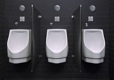 ipc section 405 is a divider required to separate a urinal and water