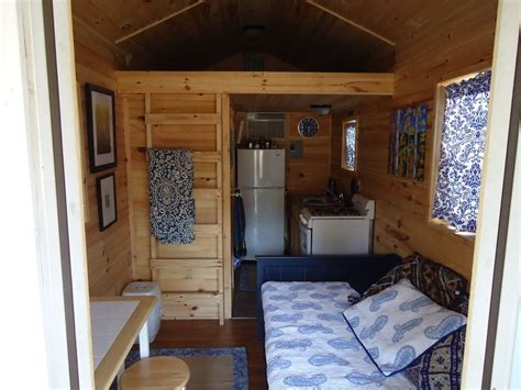 Tiny House Arkansas by Tiny House For Sale In Arkansas Has Everything But Room