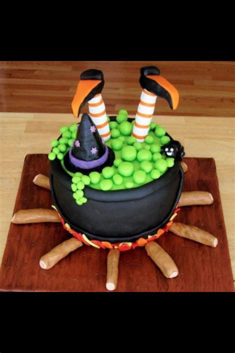 ideas  witch cake  pinterest halloween cupcakes easy wicca recipes