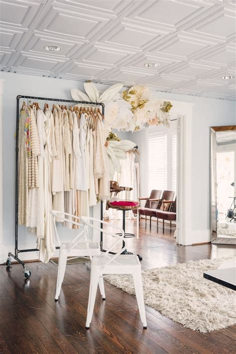 Best 25  Bridal boutique interior ideas on Pinterest