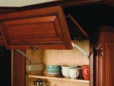 smart tips for the ergonomic kitchen hgtv