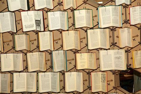 amazing book hive display mimics the organization and amazing book hive display mimics the organization and