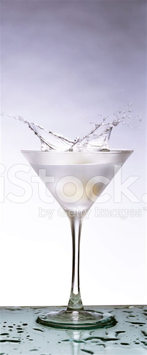 martini twist martini twist splash stock photos freeimages com