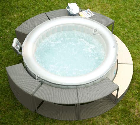 vasca idromassaggio gonfiabile piscineitalia ripiano effetto vimini per vasca