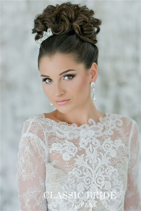 26 chic timeless wedding hairstyles from elstile deer pearl flowers