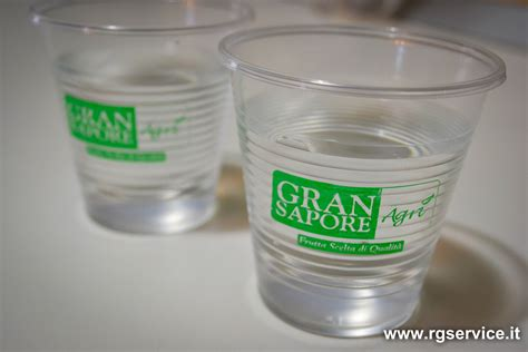 bicchieri monouso personalizzati acqua e bicchiere