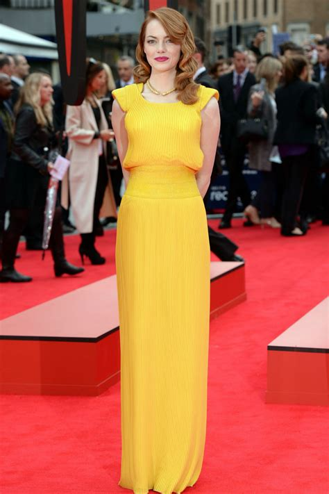 emma stone yellow versace emma stone looks hot in yellow versace dress