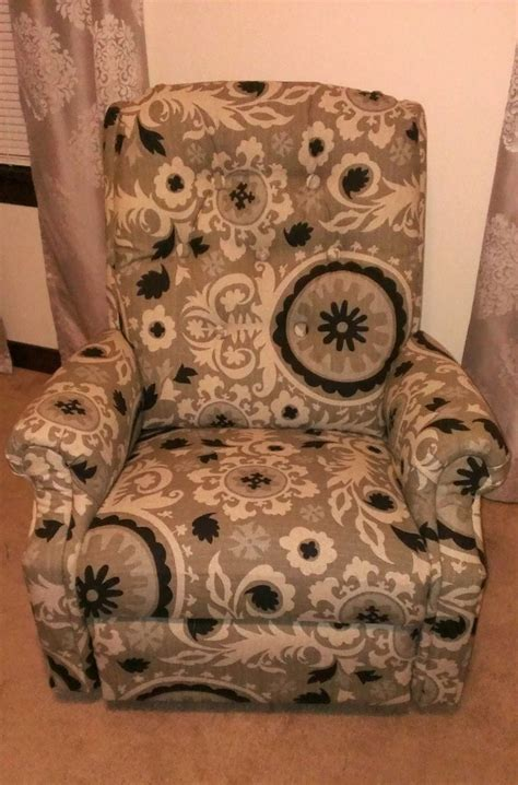 reupholster recliner 1000 ideas about recliner cover on pinterest slipcovers