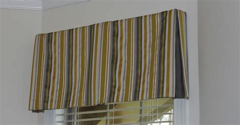 inverted box pleat valance tacked with bronze nail heads box pleat valance with contrast inset sew unordinary
