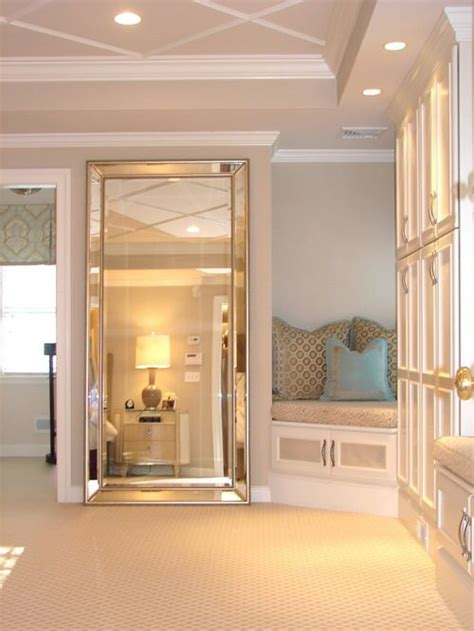 Bedroom Floor Mirror by 25 Best Ideas About Leaning Mirror On Floor