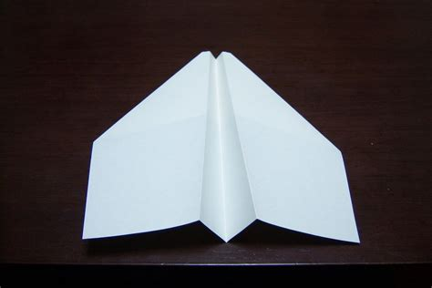 Simple Paper Airplanes - world s best paper airplane simple and sturdy