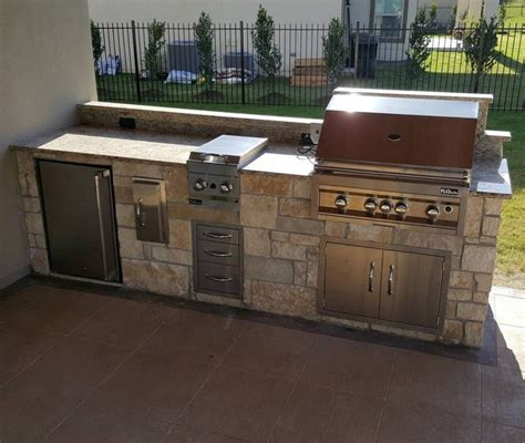 diy outdoor kitchen island 1000 images about diy kitchen island ideas on