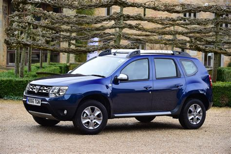 renault duster 2017 automatic dacia duster automatic 2017 review pictures auto express