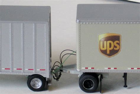 ups freight volvo vnl  doubles