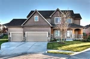 homes for nebraska woodland homes berkshire hathaway homeservices