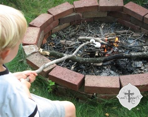 How To Make A Brick Fire Pit Fire Pit Ideas How To Make A Brick Pit In Your Backyard