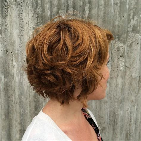 Wavy Layered Hairstyles by Layered Bob Haircut For 2017 2017 Haircuts