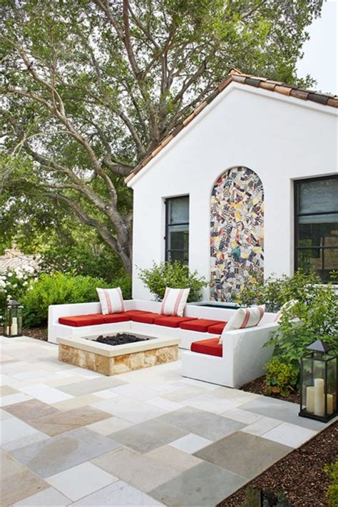 modern patio seating area small garden design ideas
