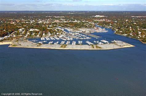 tow boat us bayshore bay shore marina in bay shore new york united states