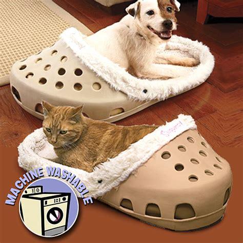 pet gadgets sasquatch pet bed craziest gadgets
