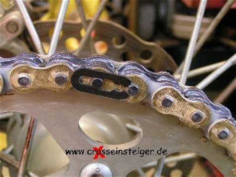Motorrad Kette Spannen Kosten by 4a Neue Kette Montieren Clipschlo 223