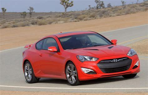 Hyundai Genesis 2015 Coupe by 2015 Hyundai Genesis Coupe Drops Four Cylinder Gets