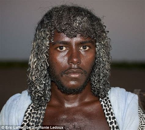 part in hair black men history 14 photos of ethiopian tribespeople who use butter to
