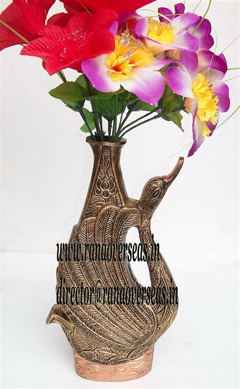 Aluminum Flower Vase by Rana Overseas Manufacturer Supplier And Exporter