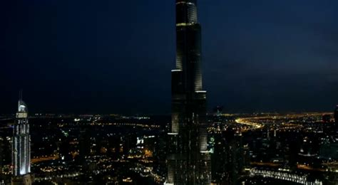 Wcf Kalifa ford s burj khalifa mustang stunt was a hilarious waste of 18 minutes the news wheel
