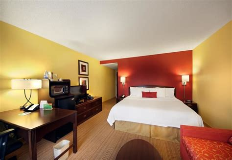 Rooms Today Tulsa by Book Courtyard By Marriott Tulsa Central Tulsa Hotel Deals