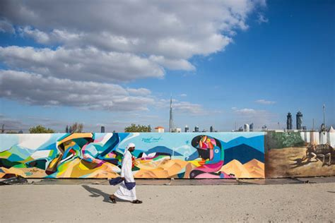 graffiti wallpaper dubai world s longest graffiti in dubai pictures what s on