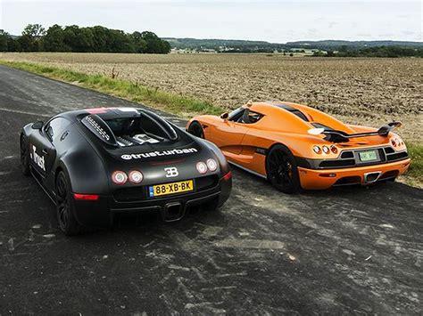 Koenigsegg Vs Bugatti Veyron Koenigsegg Ccxr Vs Bugatti Veyron
