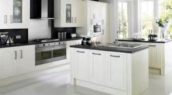 B Q Kitchen Designs Carisbrooke White Kitchen Contemporary Kitchen Other