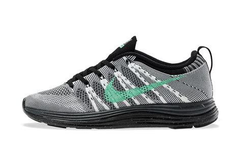 Nike Flyknit Lunar nike wmns flyknit lunar1 quot green glow quot sbd