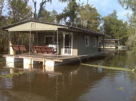 boats for sale on louisiana sportsman house barges for sale louisiana house boat louisiana